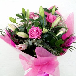 Pink Rose Hand-tied €40