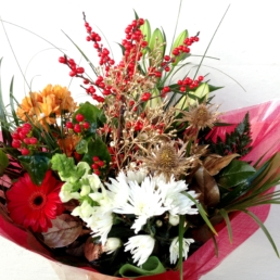 Med Christmas Hand-tied €55